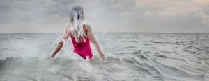 woman ocean (2)